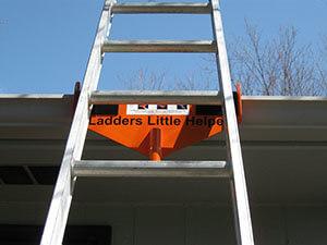 Ladder's litter helper